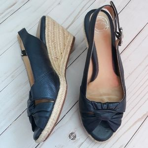 2/$25 Nurture Dark Blue Leather Wedge Sandals 6.5M